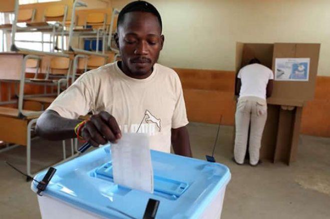 Angola: Eleições autárquicas vão ser adiadas para o próximo ano