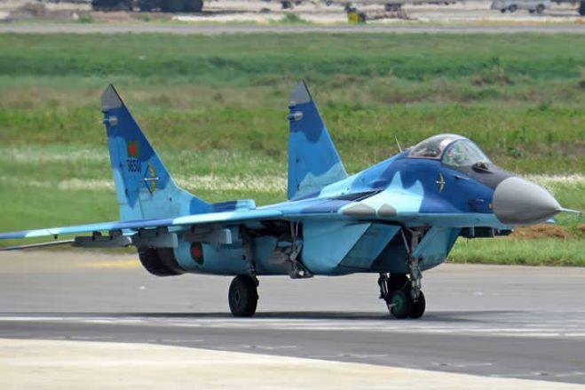 Líbia: EUA dizem que Rússia enviou aviões de caça para apoiar marechal dissidente