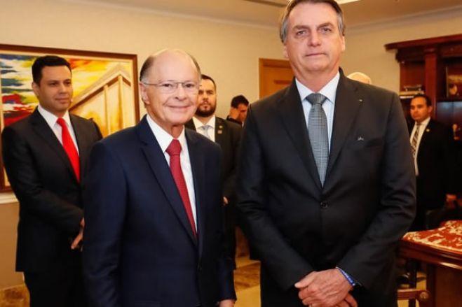 Bolsonaro pede que João Lourenço proteja pastores da Igreja Universal em Angola