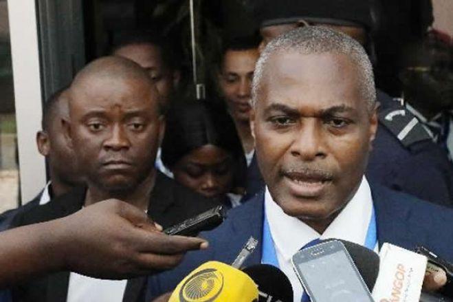Abel Chivukuvuku teme que Tribunal Constitucional chumbe Frente Patriótica