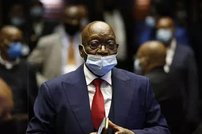 Ex-Presidente Zuma diz que África do Sul não tem legitimidade para julgá-lo por corrupção