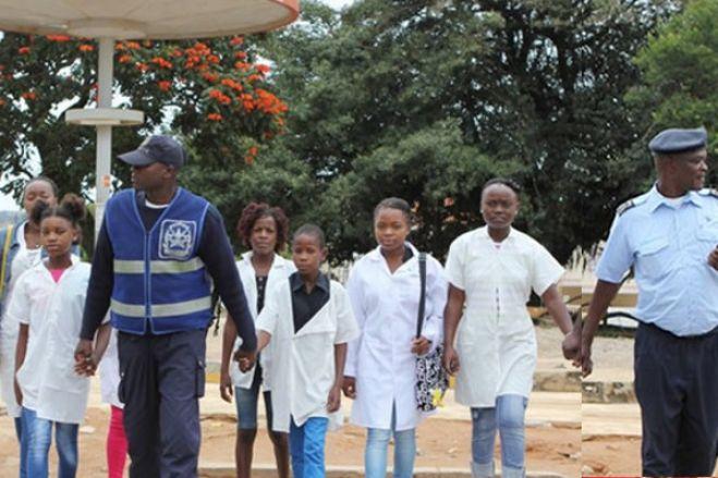 Angola: Aulas retomam a 27 de Julho no ensino primário