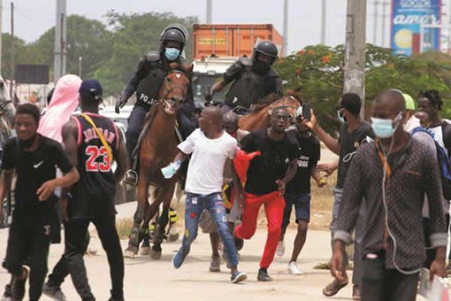 Governo angolano abre inquérito após atos de vandalismo na festa do título de campeão