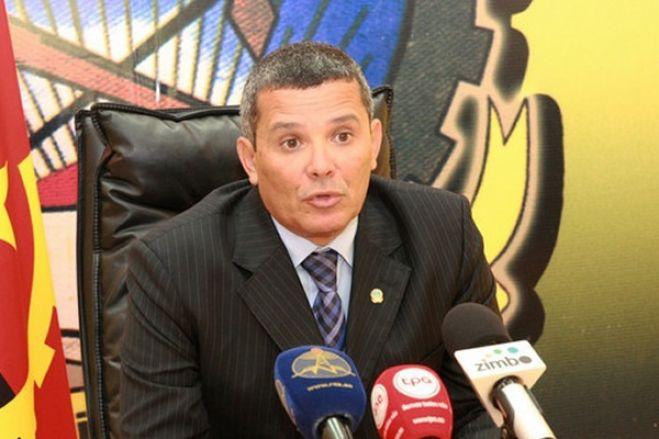 Governador de Benguela Rui Falcão nega ter pedido demissão