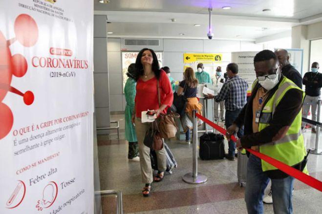 Viajantes que regressem a Angola têm de fazer teste pós-desembarque