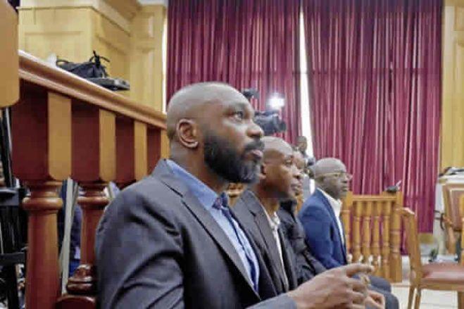 Parlamento aprova lei para angolanos com cartão de eleitor terem bilhete de identidade