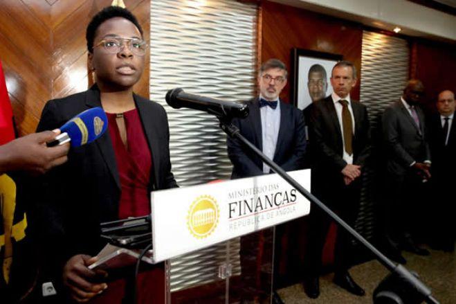 """Dividas: Angola não vai aos mercados porque custo é """"absurdamente alto"""""""