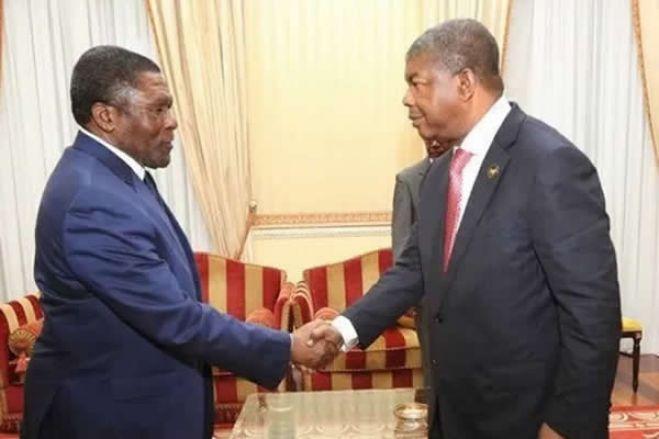 A infantilização dos angolanos