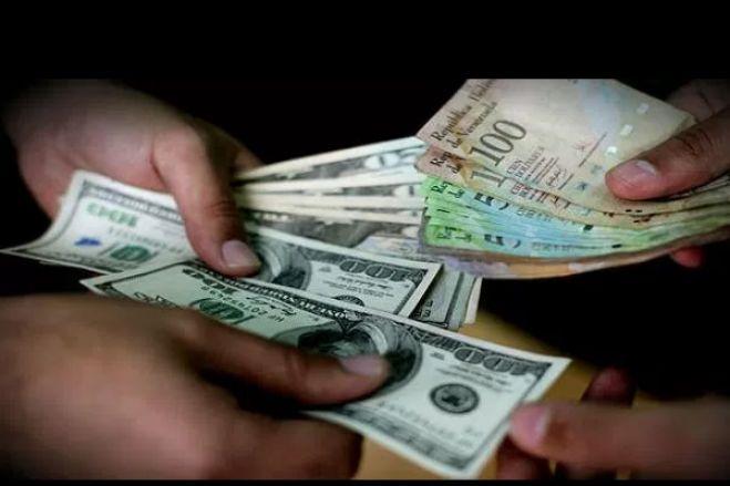 Kwanza deprecia 2% face ao dólar e euro no espaço de uma semana