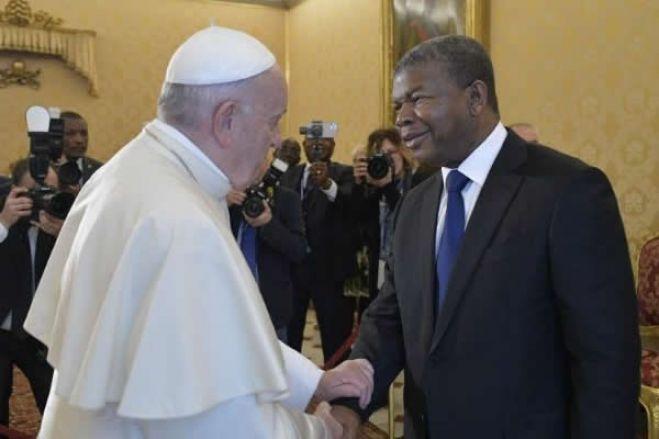 Presidente João Lourenço e Papa Francisco abordam cooperação