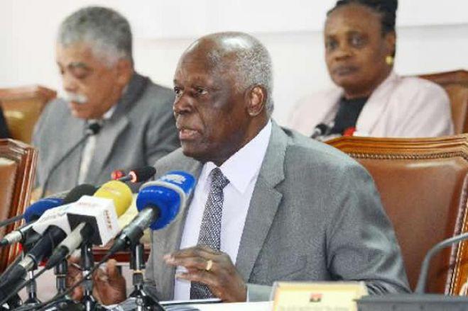 Receita de José Eduardo dos Santos tornou-se a sobrevivência dos angolanos