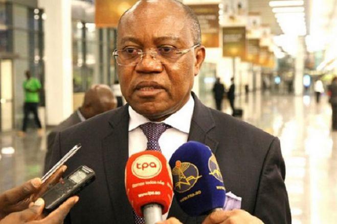 """Apoio da administração Trump """"é acalentador"""" para executivo angolano - ministro"""