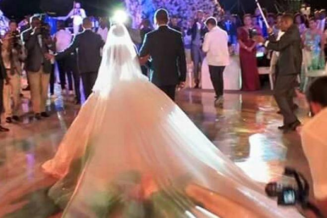 Manuel Vicente e massagistas na festa de casamento da filha do general Dino