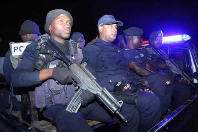 Polícia Nacional reforça patrulhamento no Rocha Pinto
