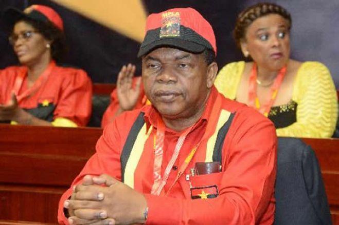 Não ponham mais o dedo no gatilho: vamos todos as pazes no seio do MPLA