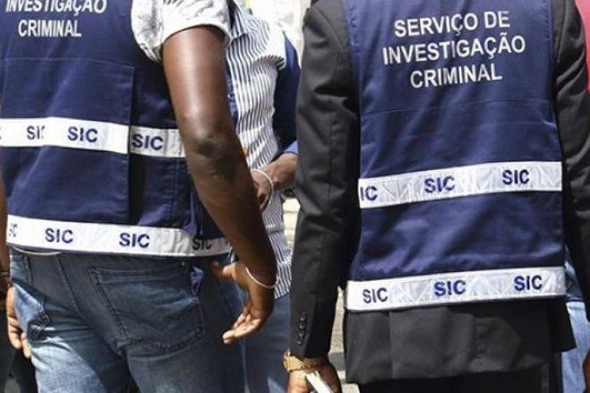 Empresários e dirigentes do MPLA chantageados no facebook por falsa mulher