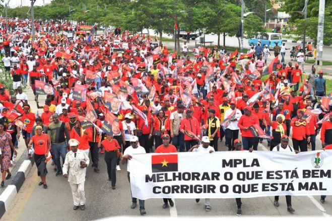 Bajulação: Luandenses marcham contra impunidade