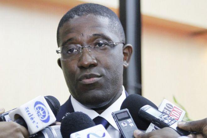 """Programa para financiar setor produtivo em Angola com adesão de """"apenas 5%"""""""