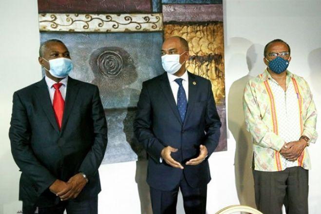 """Frente unida da oposição é """"perigosa"""" para o MPLA"""