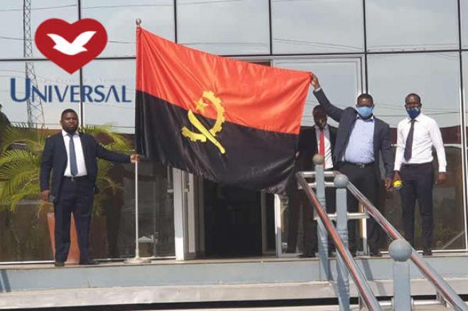 A batalha por dinheiro, poder e fiéis da Igreja Universal em Angola