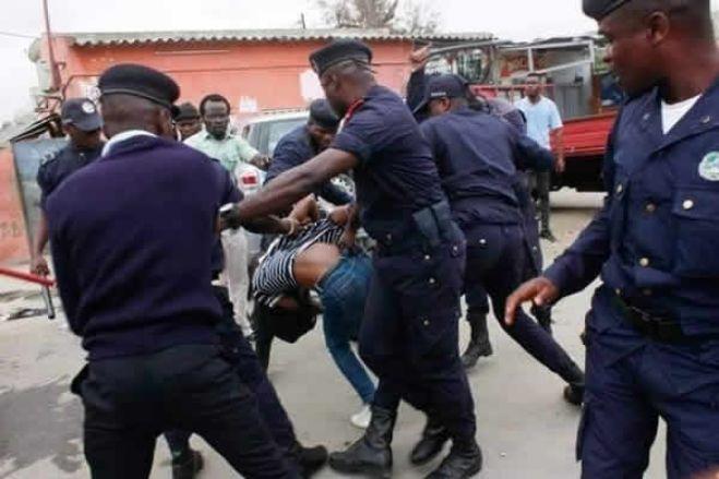 """Associações cívicas lamentam carga policial em manifestação e apontam """"recuos das liberdades"""""""