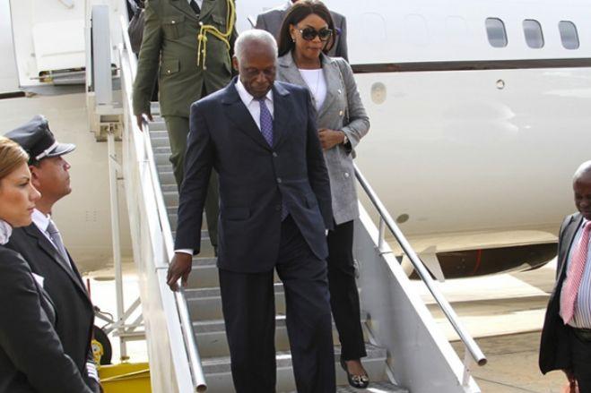 José Eduardo dos Santos regressa hoje a Luanda após dois anos de ausência