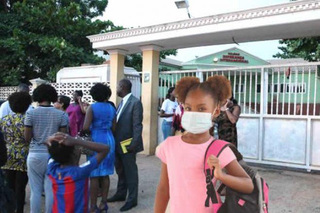Ensino particular angolano garante condições para recomeço das aulas em 13 de julho