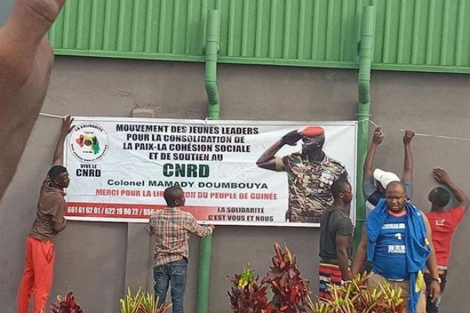 """Militares da Guiné-Conacri convocam antigos ministros e exigem libertação de """"presos políticos"""""""