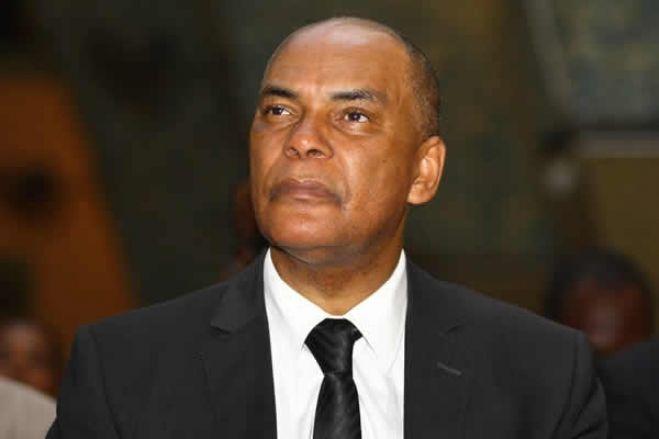 Angola entre a manutenção do cancro político e a alternância