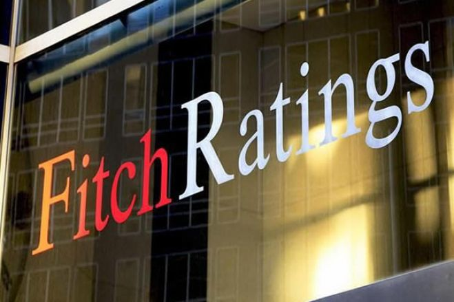 """Fitch: Escândalos financeiros reduzem """"apetite"""" de bancos portugueses por Angola"""