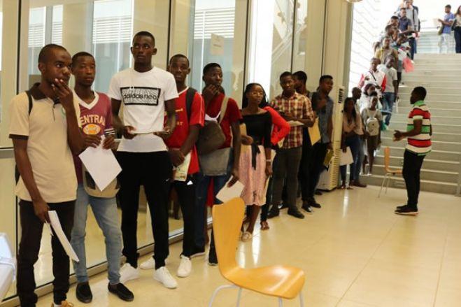 """Ensino superior angolano com perto de 145.000 vagas """"autorizadas"""" para 2020/21"""