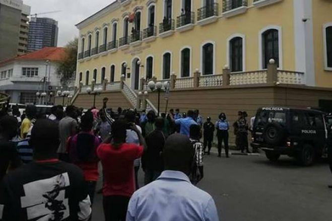 Tribunal Provincial não dá início do julgamento por não conhecer os crimes de manifestantes