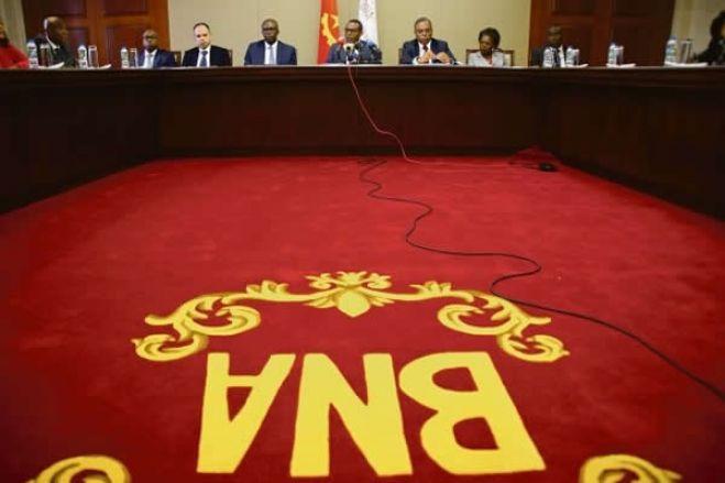 Angola: Bancos que violarem prevenção ao branqueamento de capitais ficam sem licença