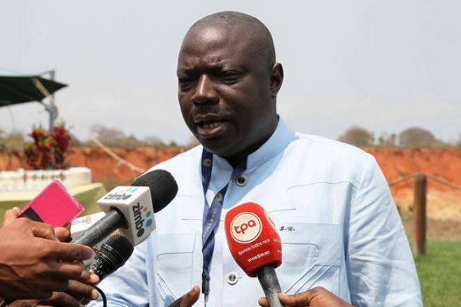 Bento Kangamba acusa advogados de corromperem magistrados angolanos