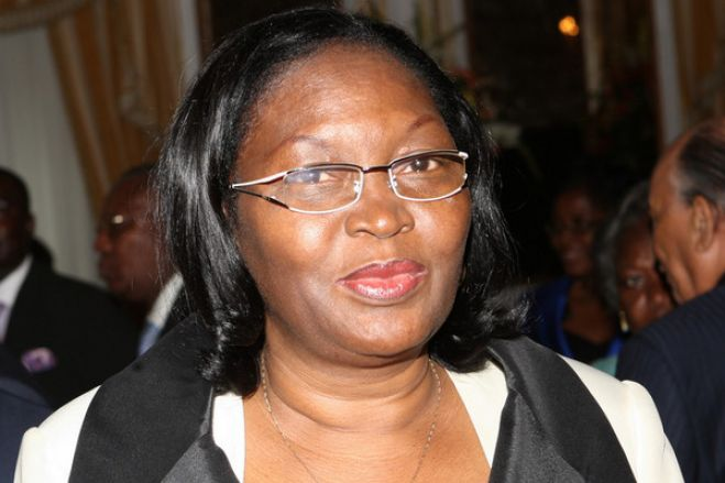 Justiça angolana bloqueia contas a ex-ministra das Pescas