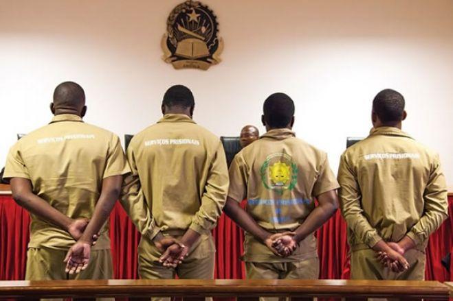 Activistas do Cazenga condenados a quatro meses de prisão
