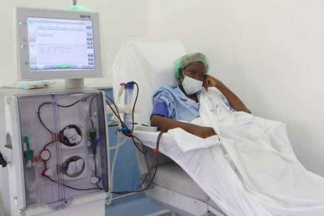 Dívida no Américo Boavida força redução de pacientes de hemodiálise