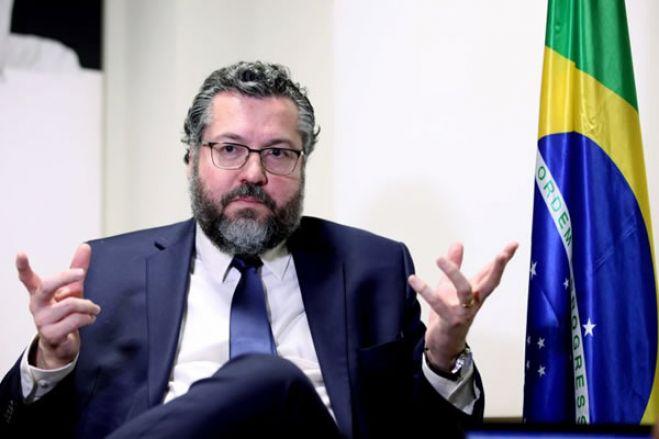 IURD é uma entidade credível que fez muito pelos brasileiros, diz ministro das Relações Exteriores