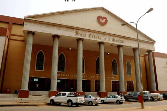 Dólar volta a disparar nas ruas de Luanda devido a manobras dos bancos