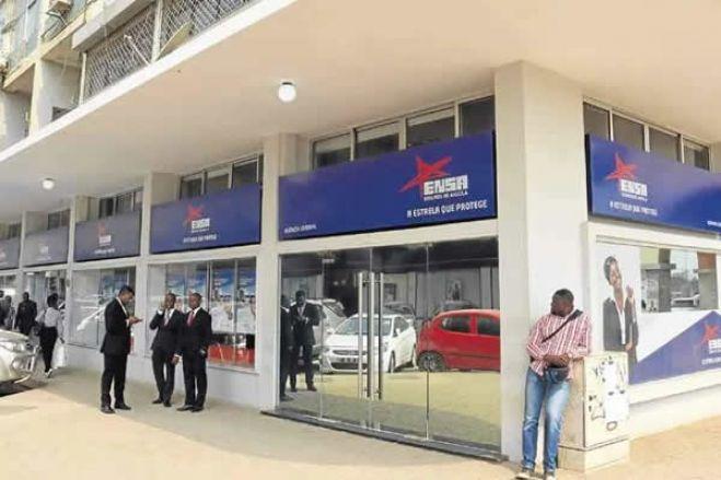 """Estado angolano vai vender maior empresa de seguros de Angola """"ENSA"""" este ano"""