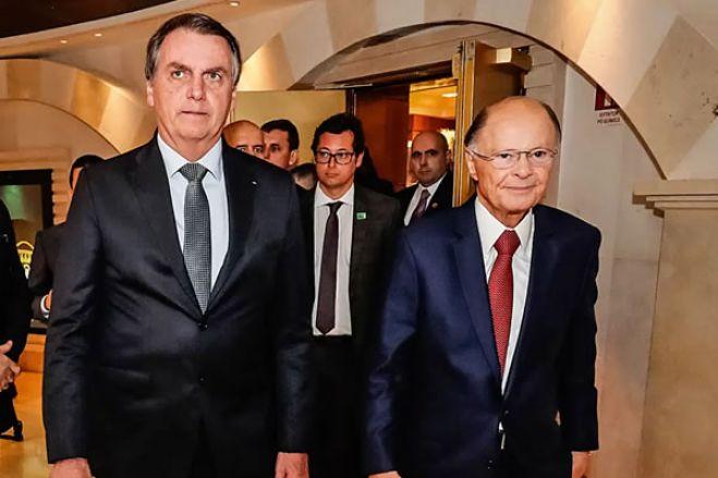 Igreja Universal sinaliza romper com Bolsonaro por causa de crise em Angola