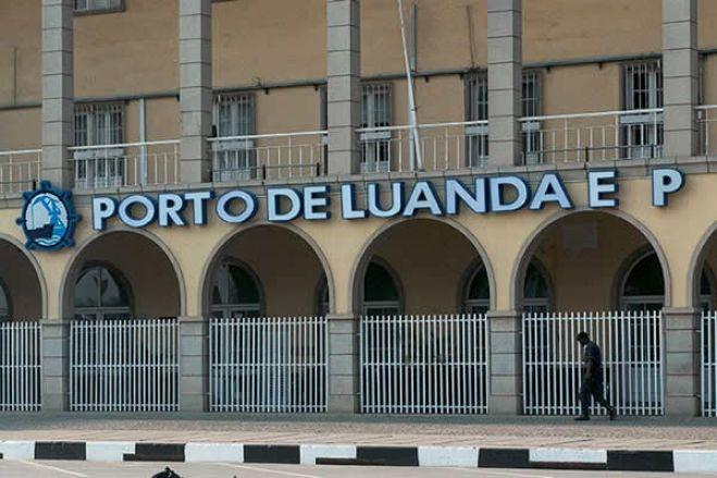 Porto de Luanda informa que funcionário detido pelo SIC não é afecto às suas empresas