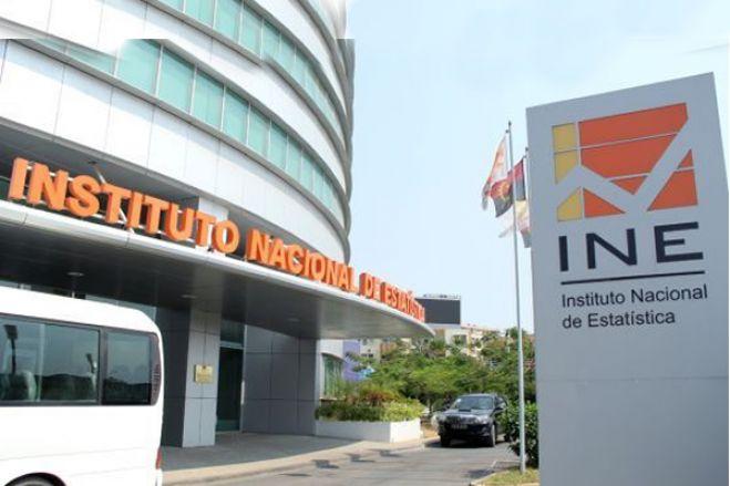 """Economista diz que Instituto Nacional de Estatística (INE) angolano """"está a ser manipulado"""""""