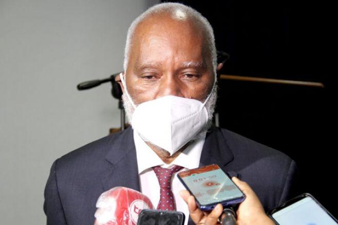 """Deputado do MPLA diz que discurso do Estado da Nação mostrou que """"Governo trabalhou"""""""