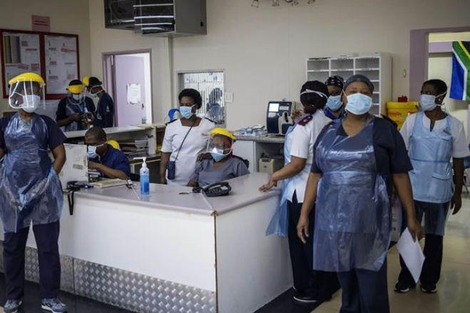 """Médicos alertam para """"agravar"""" da situação sanitária em Luanda com pressão nas urgências"""