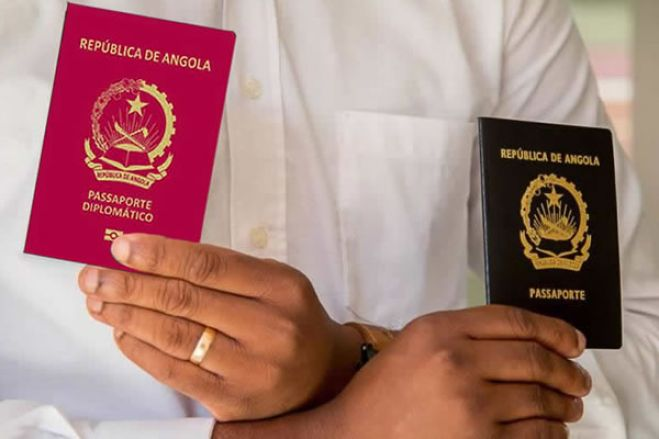 """Serviço de Migração """"sem condições técnicas"""" para emitir passaportes"""