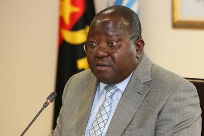 """UNITA """"exige"""" demissão do presidente da comissão eleitoral, MPLA desvaloriza"""