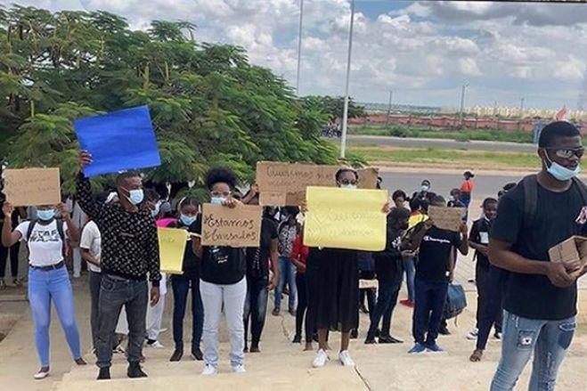 Colégio de Valter Filipe suspende alunos por denunciarem assédio sexual