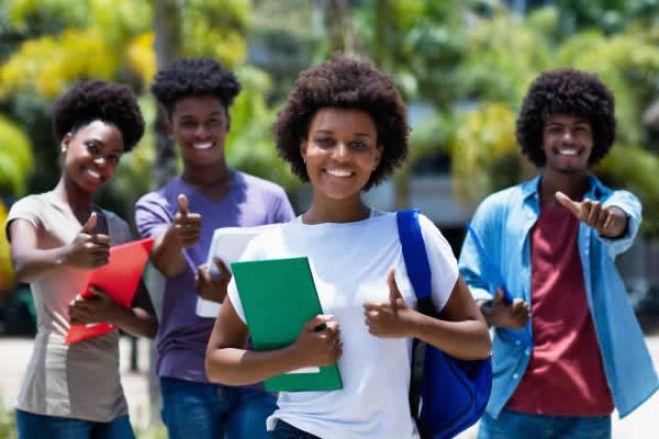 Angola: Quarenta e quatro instituições do ensino superior privado com cursos ilegais