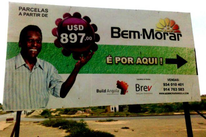 Angolanos lesados em projeto habitacional publicitado por Pelé manifestam-se no sábado